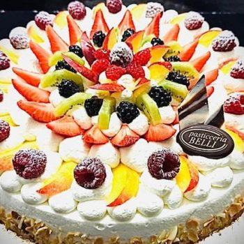 Torta panna e frutta